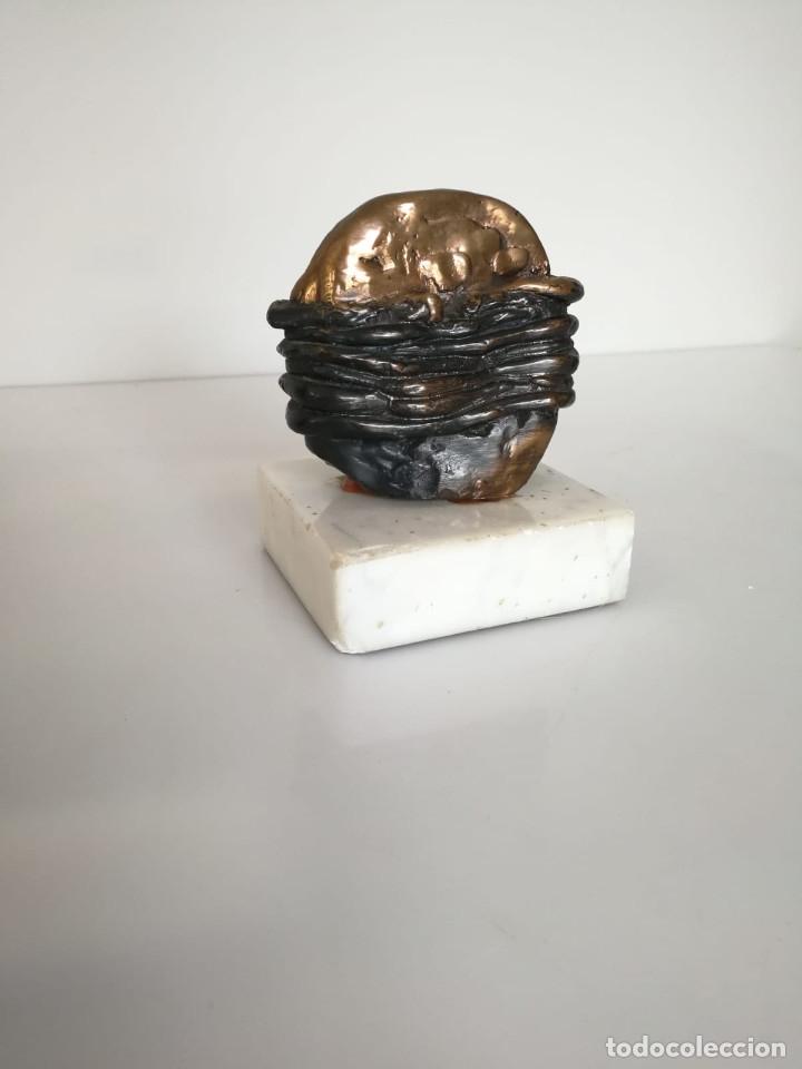 Arte: Interesante escultura firmada y numerada - Foto 2 - 172197627