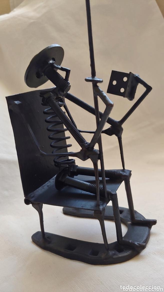Arte: Antigua figura de Don Quijote en hierro forjado - Foto 2 - 173533357