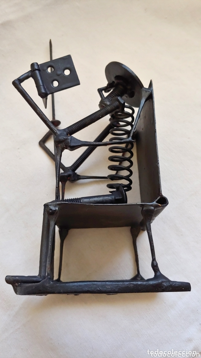Arte: Antigua figura de Don Quijote en hierro forjado - Foto 3 - 173533357