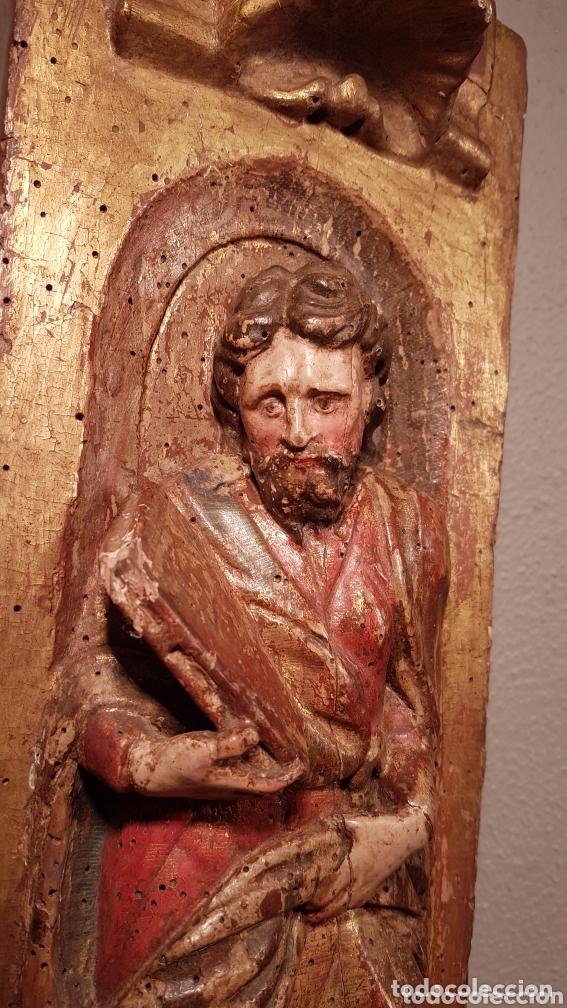 Arte: Relieve Escuela Castellana siglo XVI de evangelista con policromía original en excelente estado de c - Foto 2 - 173682569