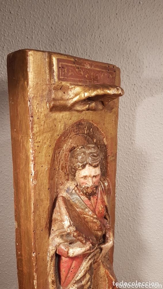 Arte: Relieve Escuela Castellana siglo XVI de evangelista con policromía original en excelente estado de c - Foto 7 - 173682569