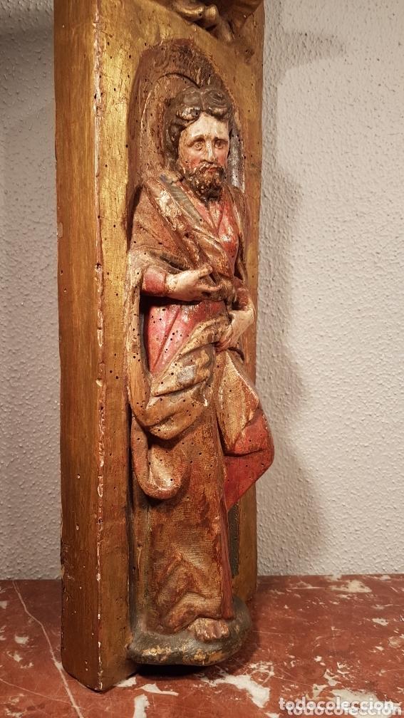 Arte: Relieve Escuela Castellana siglo XVI de evangelista con policromía original en excelente estado de c - Foto 11 - 173682569