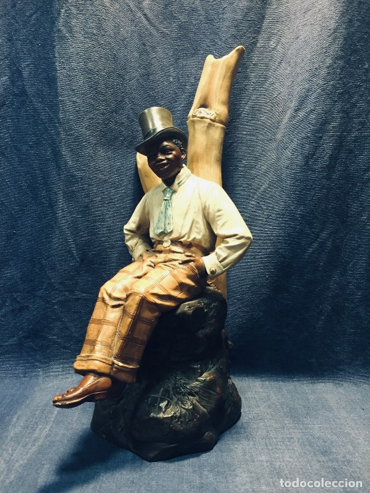 Arte: escultura terracota chico negro color americano sombrero copa sentado firma goldscheider austria 37c - Foto 2 - 173715164