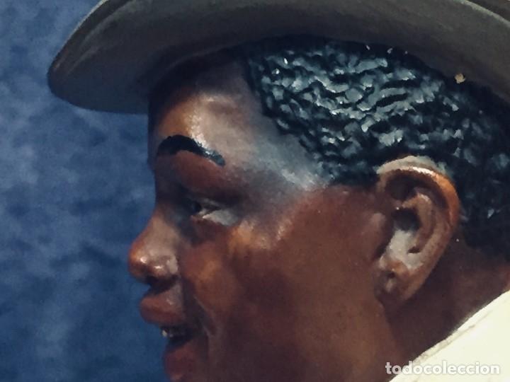 Arte: escultura terracota chico negro color americano sombrero copa sentado firma goldscheider austria 37c - Foto 6 - 173715164