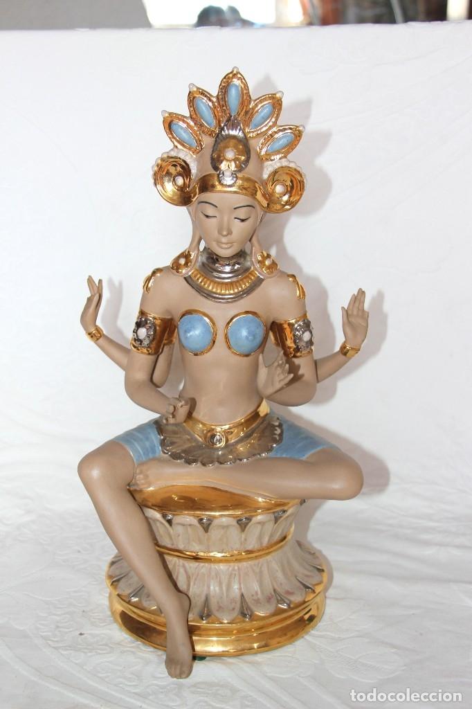 DIOSA INDU DE LA COLECCIÓN TEMPUS DE NADAL (Arte - Escultura - Porcelana)