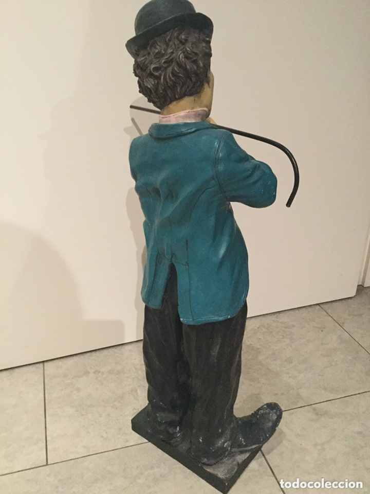 Arte: ESPECTACULAR GRAN FIGURA DE CHARLES CHAPLIN 58 cm de alto.años 80 . resina - Foto 4 - 173823107
