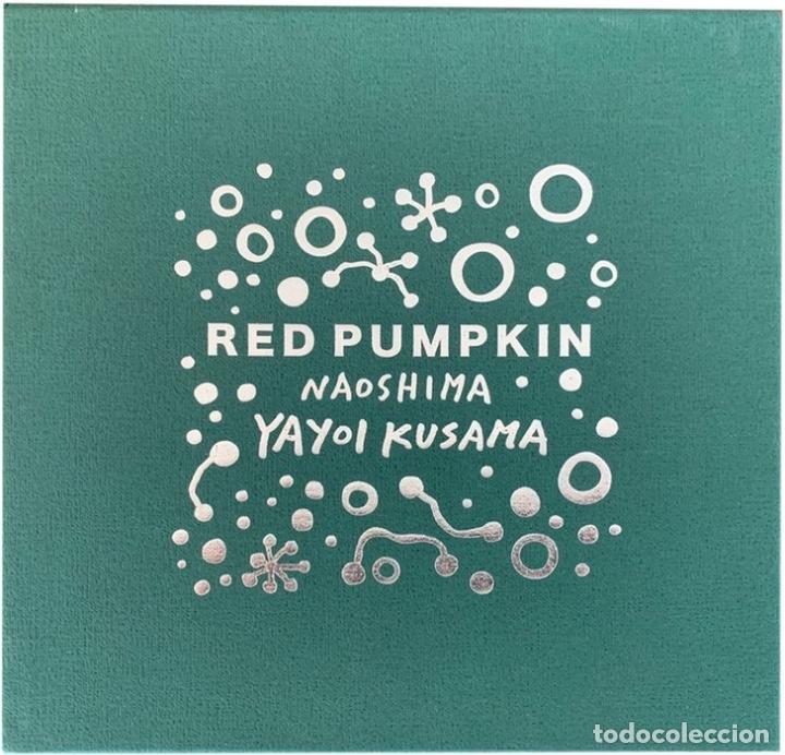 Arte: YAYOI KUSAMA Escultura calabaza Sculpture Red Pumpkin Naoshima ( Black / Red ) 2019 - Foto 5 - 173835114