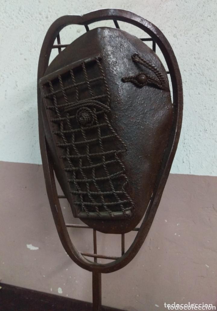 DESCONOCIDO - ESCULTURA (Arte - Escultura - Hierro)