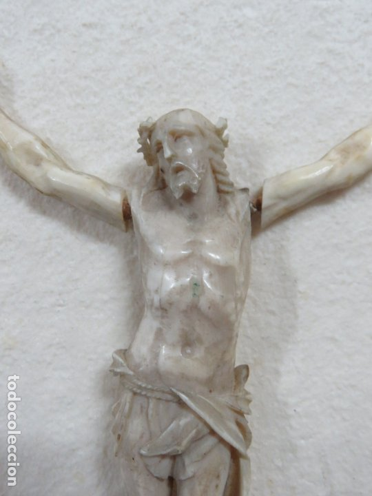 Arte: BONITO CRISTO CRUCIFICADO HECHO COMPLETO EN MARFIL DEL SIGLO XVIII, BRAZOS SUELTOS, 15 CMS - Foto 3 - 173904227