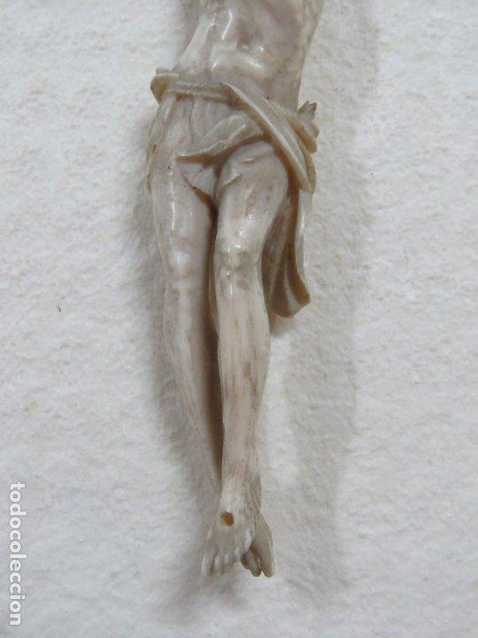 Arte: BONITO CRISTO CRUCIFICADO HECHO COMPLETO EN MARFIL DEL SIGLO XVIII, BRAZOS SUELTOS, 15 CMS - Foto 4 - 173904227