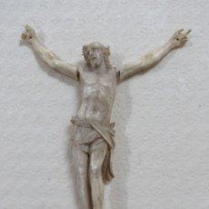 Arte: BONITO CRISTO CRUCIFICADO HECHO COMPLETO EN MARFIL DEL SIGLO XVIII, BRAZOS SUELTOS, 15 CMS. Lote 173904227