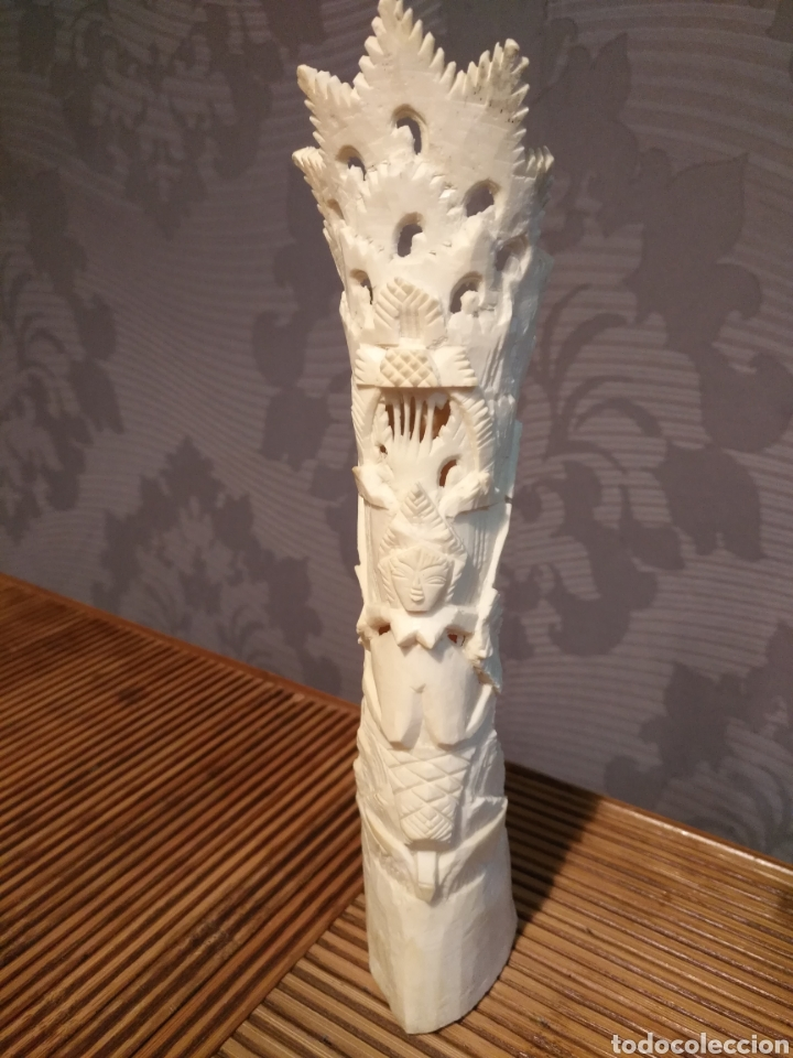 FIGURA TOTEM HUESO , TALLA HUESO FIGURA FERTILIDAD , PESO 129 GR , MEDIDAS 22 X 5 X 4 CM (Arte - Escultura - Hueso)