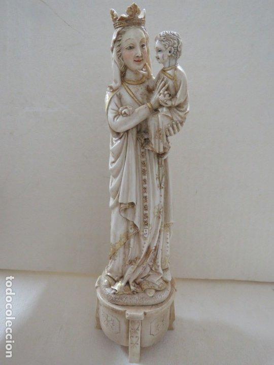 FANTASTICA TALLA DE LA VIRGEN CON NIÑO JESUS EN MARFIL Y PAN DE ORO,DE FINALES SIGLO XVIII, 35,5 CMS (Arte - Escultura - Marfil)