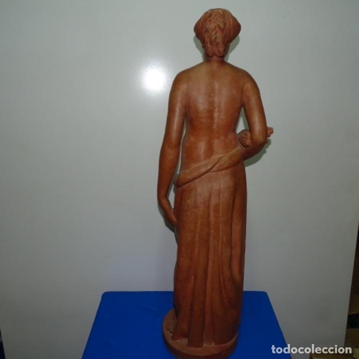Arte: Gran escultura en terracota anónima.mujer con haz de espigas. - Foto 10 - 175461550