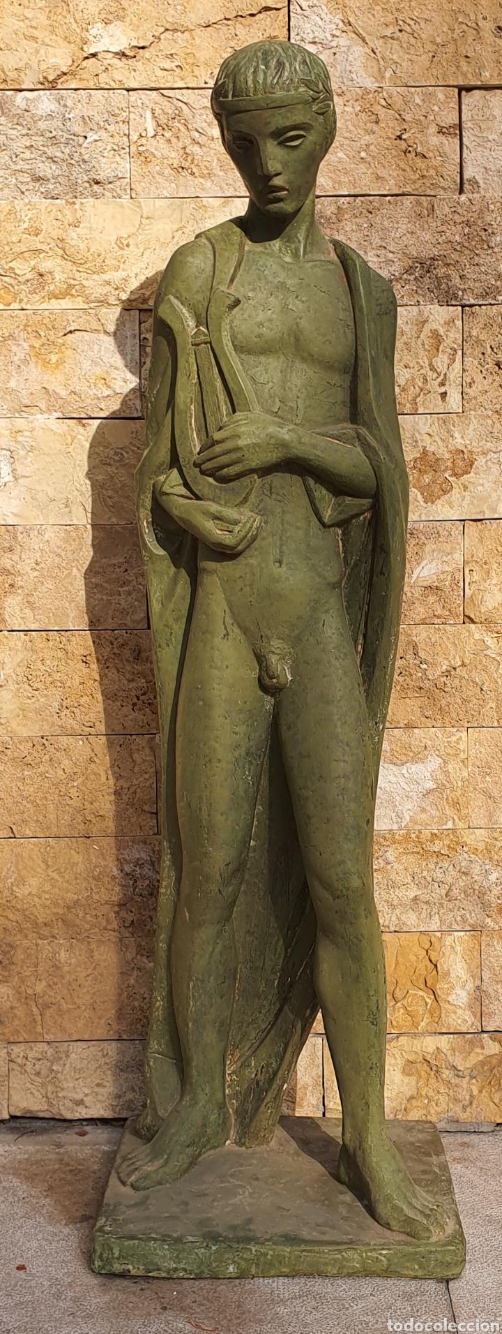 PRECIOSA ESCULTURA VINTAGE, EN RESINA (Arte - Escultura - Resina)