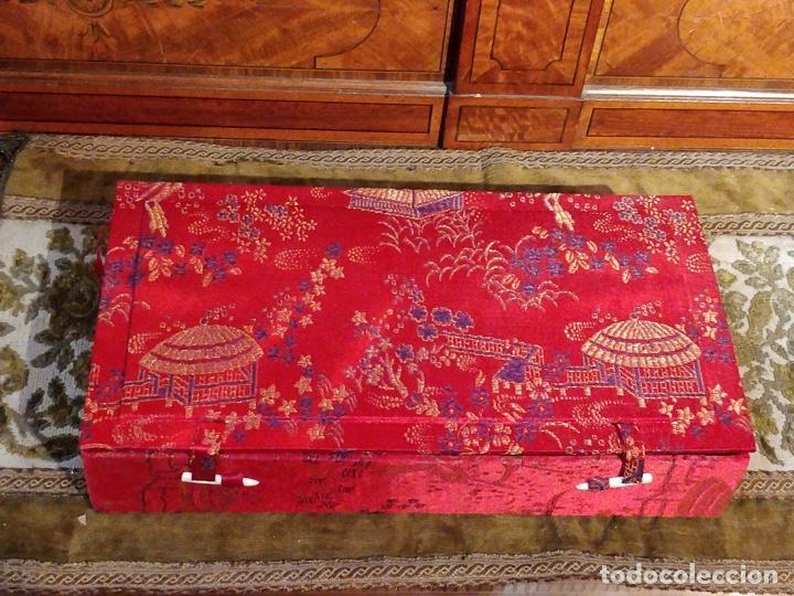 Arte: Antigua colección de 12 netsukes de marfil, con delicada talla y motivos. Firmados. - Foto 41 - 53845044