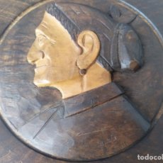 Arte: PLATO DECORATIVO TALLADO EN MADERA DEL ESCULTOR VASCO JOSE ALBERDI. Lote 176400050