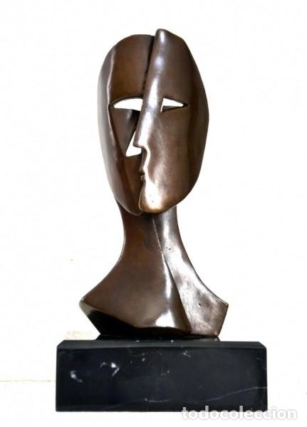PRECIOSA OBRA MODERNA. BUSTO ABSTRACTO, HOMENAJE A PICASSO (Arte - Escultura - Bronce)