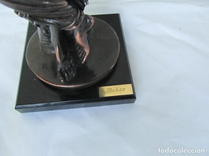 Arte: Escultura Boher estilizada figura femenina, resina patinada en bronce - Foto 6 - 179134510