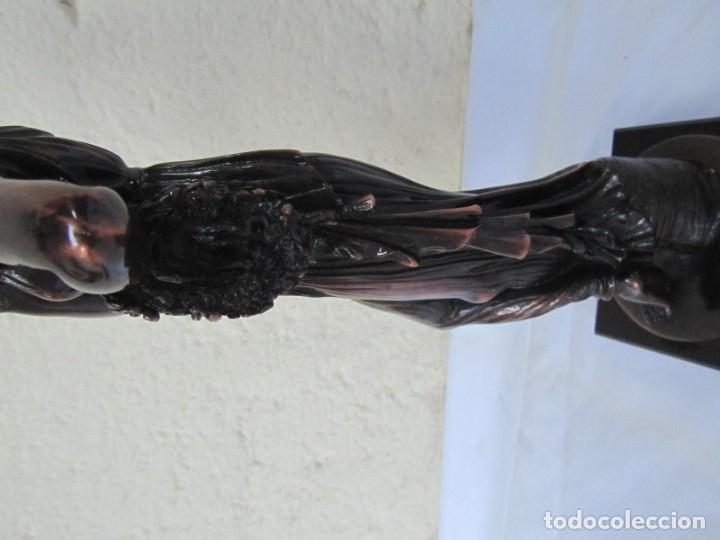 Arte: Escultura Boher estilizada figura femenina, resina patinada en bronce - Foto 11 - 179134510