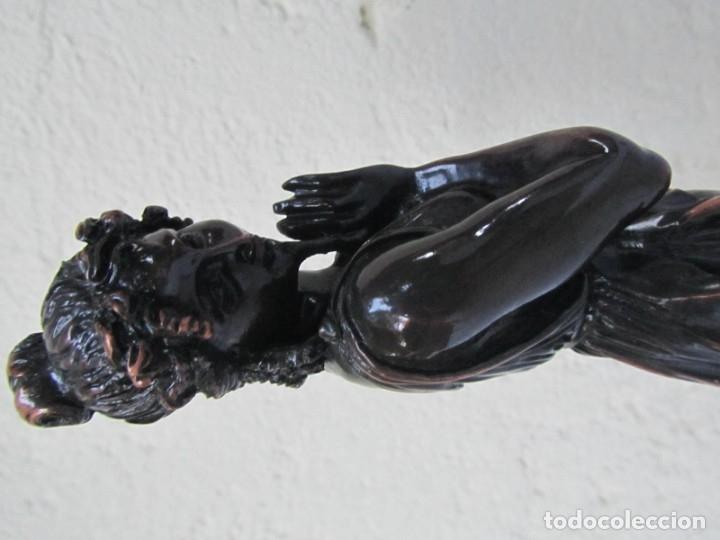 Arte: Escultura Boher estilizada figura femenina, resina patinada en bronce - Foto 17 - 179134510