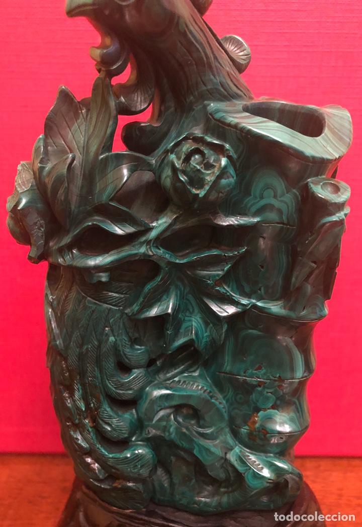 Arte: Preciosa figura en malaquita tallada - Foto 2 - 180189617