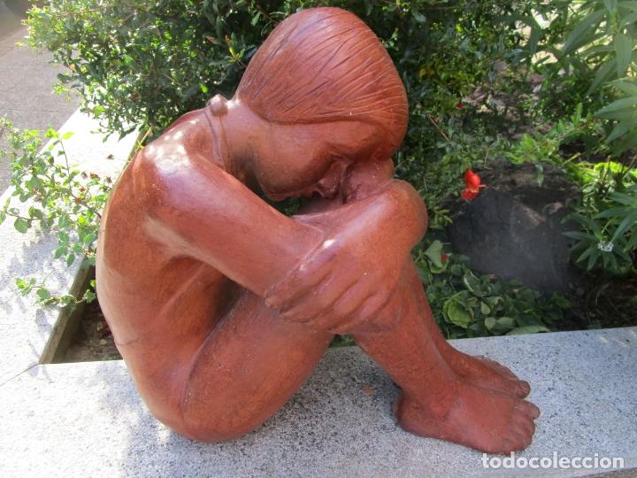 BONITA ESCULTURA - FIDEL AGUILAR MARCÓ (1894 - 1917) - SELLO MARCO QUART (GIRONA) (Arte - Escultura - Terracota )