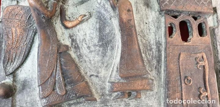 Arte: LA ANUNCIACIÓN A MARÍA. ESCULTURA DE BRONCE. RELIEVE. SIN FIRMAR. SIGLO XX. - Foto 4 - 181010558