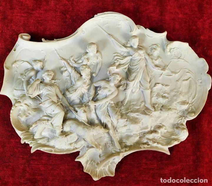 ESCENA MITOLÓGICA. RELIEVE EN MARMOLINA. ESTILO ROCOCÓ. FRANCIA (?). SIGLO XIX (Arte - Escultura - Alabastro)