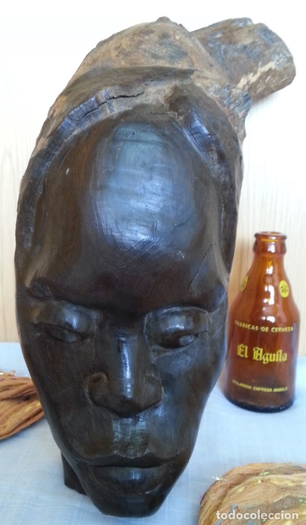 EFIGIE DE MUJER. ESCULTURA EN MADERA TALLADA. ORIGEN CUBANO (Arte - Escultura - Madera)