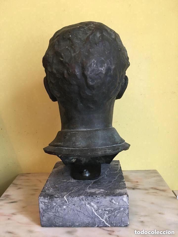 Arte: Busto De Francisco franco firmado y con sello de fundición - Foto 2 - 181853158