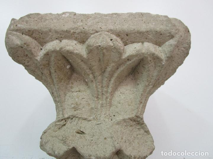 Arte: Precioso Capitel Gótico - Piedra Gerundense con Motivos Vegetales - Girona, Edad Media - S. XV - Foto 12 - 182147106