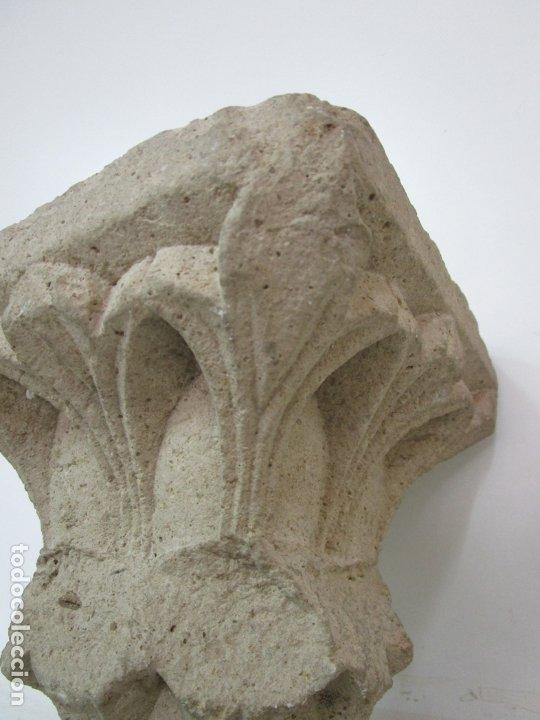 Arte: Precioso Capitel Gótico - Piedra Gerundense con Motivos Vegetales - Girona, Edad Media - S. XV - Foto 16 - 182147106