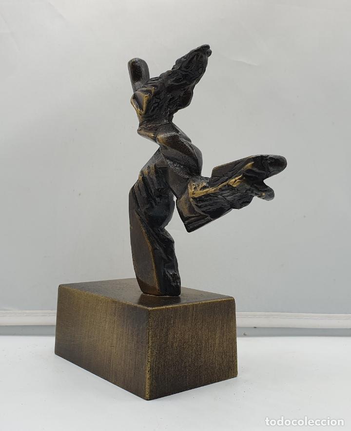 Arte: Original escultura abstracta en bronce macizo firmada por el artista . - Foto 2 - 182752552