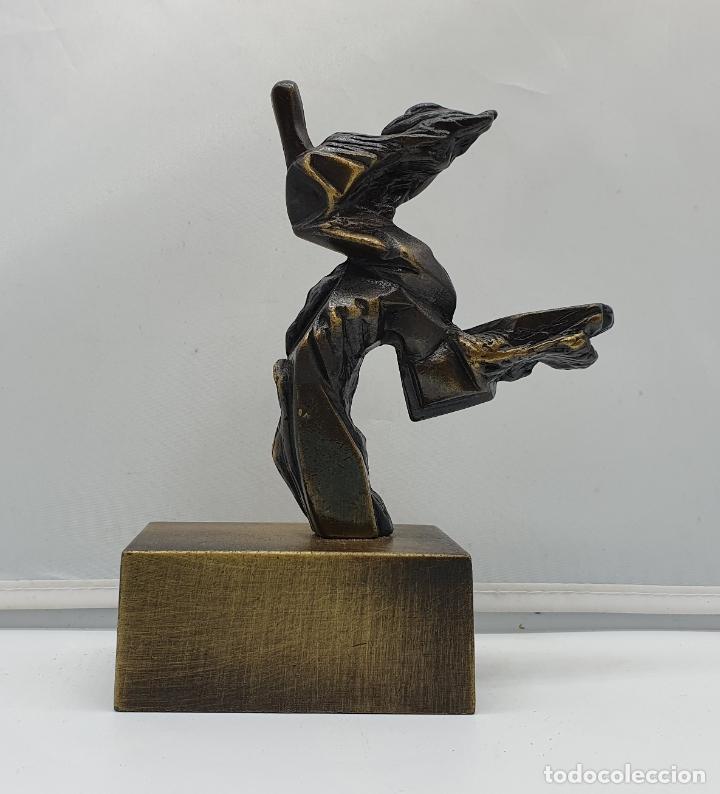 ORIGINAL ESCULTURA ABSTRACTA EN BRONCE MACIZO FIRMADA POR EL ARTISTA . (Arte - Escultura - Bronce)