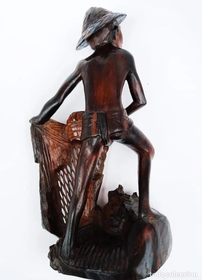 Arte: Madera de ébano. Escultura oriental de pescador. Asia. - Foto 4 - 183253366