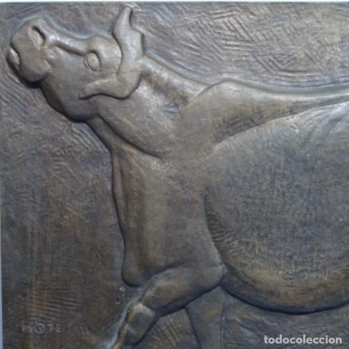 Arte: Escultura de bronce de Camil fabregas.homenaje a Manolo Hugué.1978. - Foto 2 - 183430121