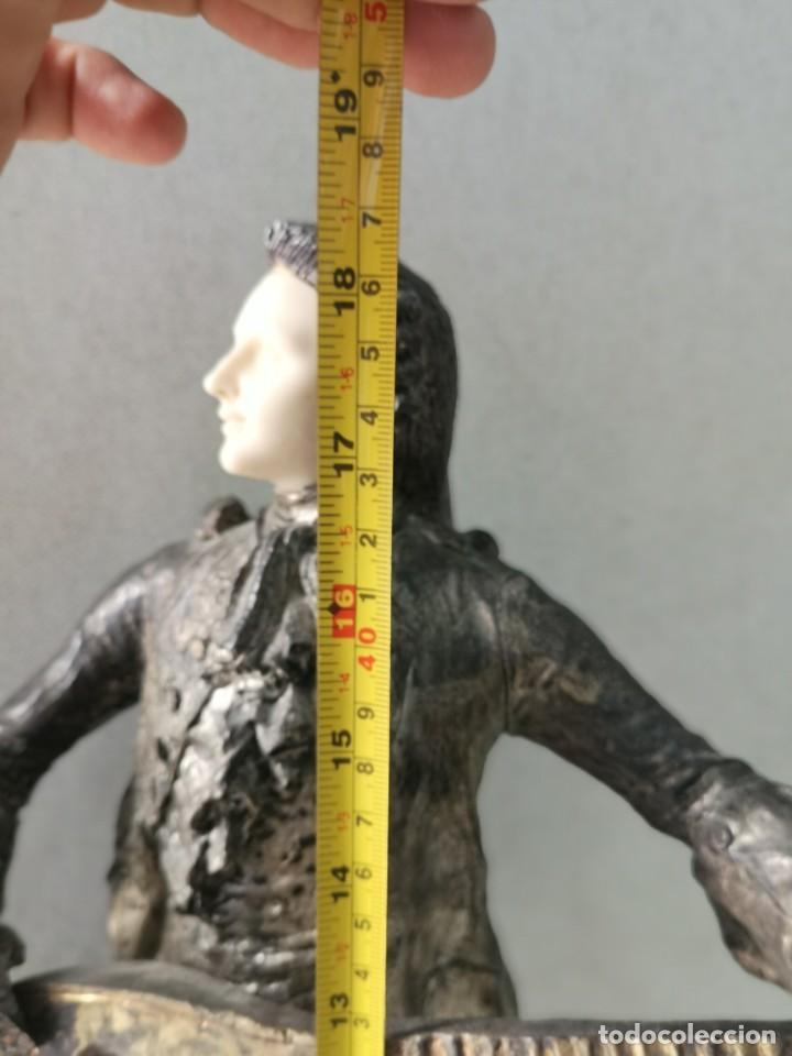 Arte: Escultura en resina de Galan firmada - Foto 5 - 184238686