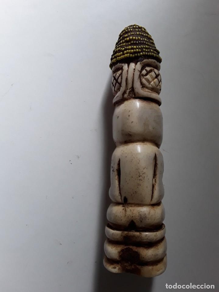 Arte: Consolador de hueso labrado. Arte africano - Foto 3 - 184524031