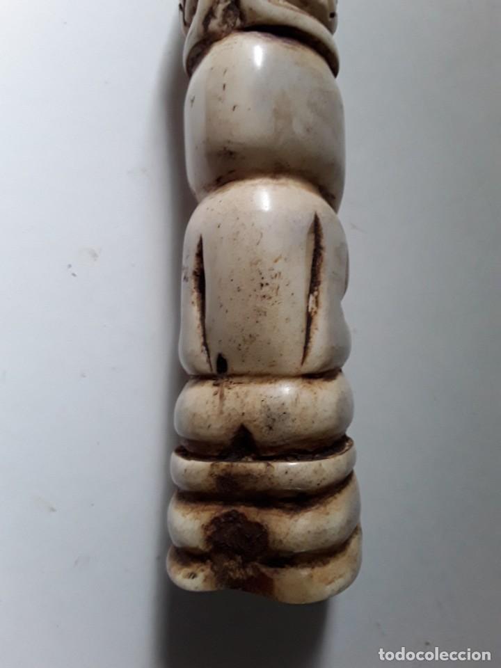 Arte: Consolador de hueso labrado. Arte africano - Foto 6 - 184524031