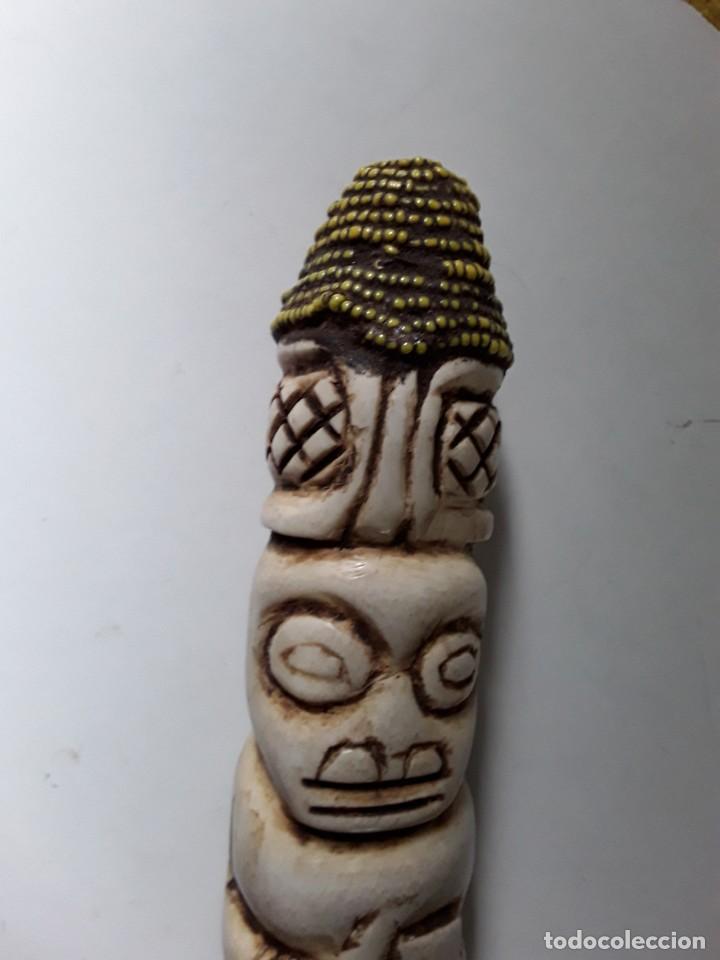 Arte: Consolador de hueso labrado. Arte africano - Foto 10 - 184524031