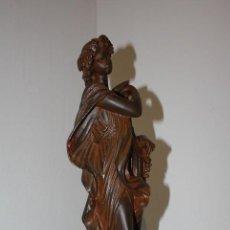 Arte: ESCULTURA FIGURA POSIBLEMENTE RESINA - FABRICADA EN ESPAÑA POR ROYAL RESING - ALTURA 38 CM. Lote 184788295
