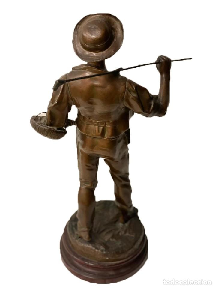 Arte: Antigua figura costumbrista de bronce con baño de cobre del siglo XIX. 56 cm alto. - Foto 2 - 184534946