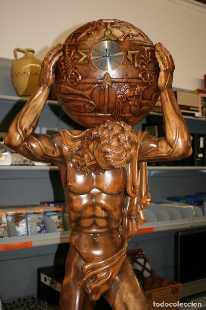Arte: Atlas Dios Griego escultura tallada en madera 2 metros altura Impresionante - Foto 2 - 185693477