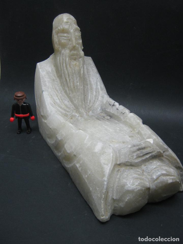 Arte: GRAN TALLA ALABASTRO 4,5 kg - Centro Vaciabolsillos - Sabio chino - Foto 3 - 185770473