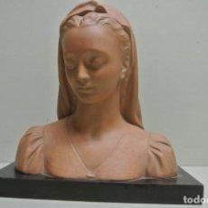 Arte: BUSTO DE MUJER, EN TERRACOTA. FIRMADO.JULLAN. Lote 186107230