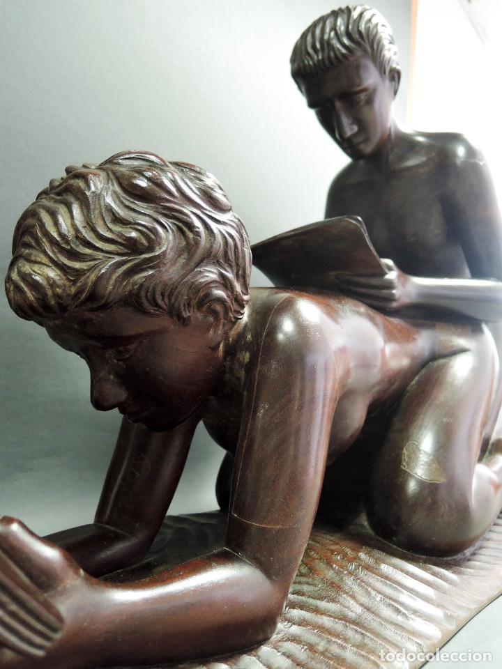 TALLA PAREJA ERÓTICA EN MADERA DE CAOBA, ATRIBUIDA JUAN SIERRA (Arte - Escultura - Madera)