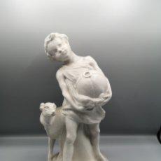 Arte: NIÑO CON GALGO. COMPOSICION DE PORCELAMA BISCUIT. Lote 188556707
