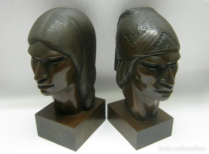Arte: c.1930 pareja de esculturas Art Decó talla en madera de caoba. Cabezas nativos Bolivia. Firma Franco - Foto 2 - 188763358