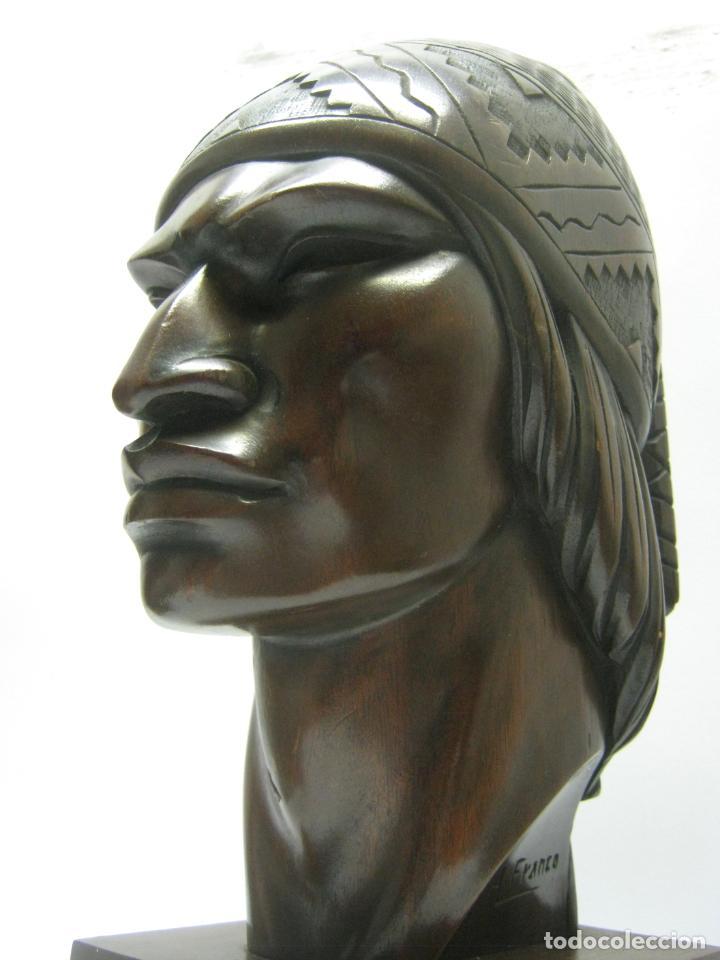 Arte: c.1930 pareja de esculturas Art Decó talla en madera de caoba. Cabezas nativos Bolivia. Firma Franco - Foto 9 - 188763358